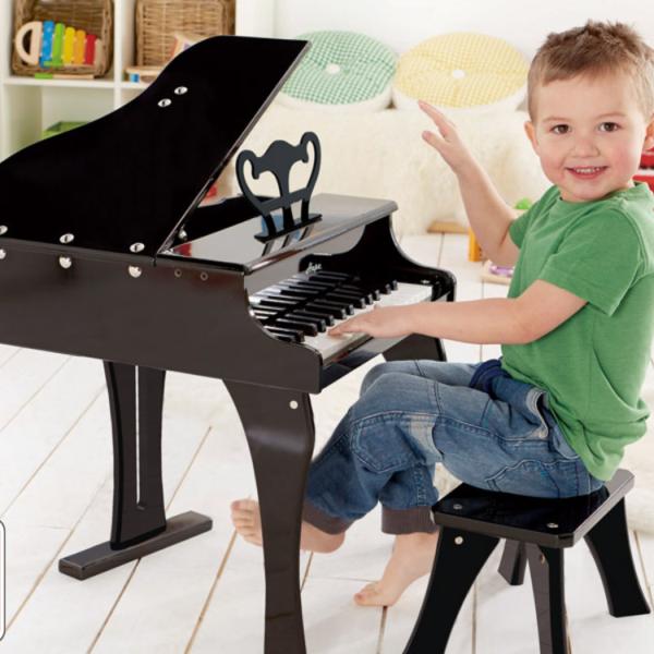 פסנתר כנף לילדים כולל ספסל מבית HAPE - שחור